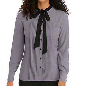 NWOT Anne klien long sleeve pintuck bow tie blouse